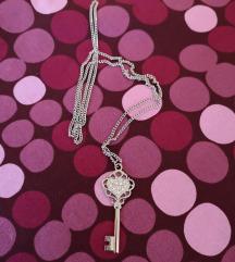 Nova daljša ogrlica ključ