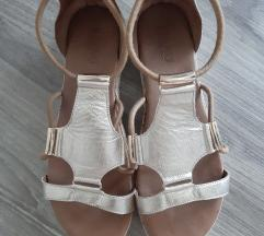 Inuovo sandali 40