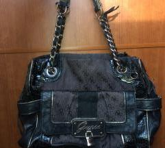 Guess torbica z napako