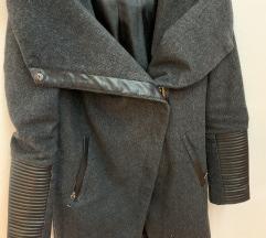 Siv volnen plašč