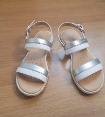 Geox sandalčki za deklico št.33