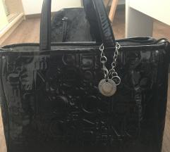 Calvin Klein crna torbica