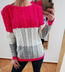 Živo pisani puloverček