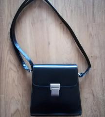 NOVA Ženska manjša elegantna torbica, črna
