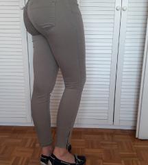 Zelene hlače Zara