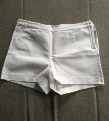 NOVE Bele kratke hlače