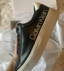 Nove Calvin Klein superge s platformo-mpc 130€