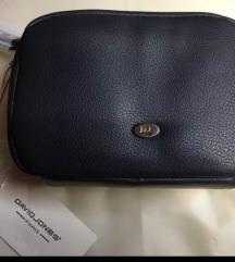 Ženska torbica temno modra David Jones