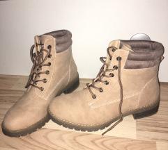 NOVI gležnarji/škornji