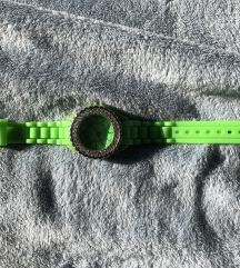 Zelena ura s kristalčki