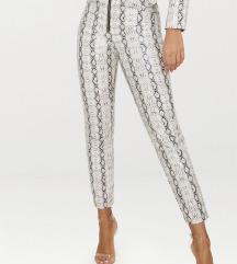Usnjene hlače s kačjim vzorcem