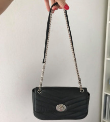 Stradivarius črna torbica