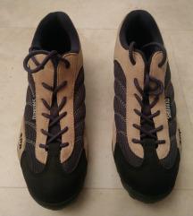 12.Ženski kolesarski čevlji Shimano