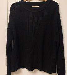 Črn puloverček