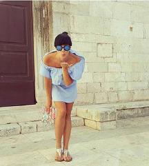 Svetlo modra oblekica / daljši top