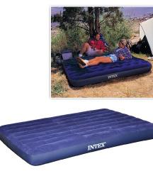 Napihljiva postelja za dve osebi