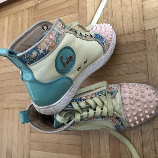 Čevlji Louboutin