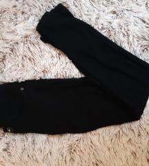 Črne elastične hlače