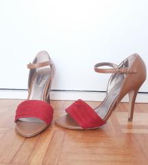 Rdeče - rjavi sandali