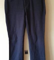 Črne dolge hlače MAC jeans dražja znamka