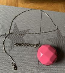 Pink okrogla torbica NOVA
