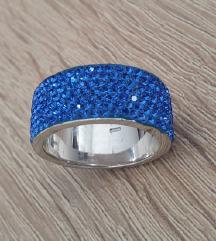 Srebrni prstan(pravo srebro925)swarovski