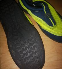 Čevlji za vodo