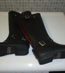 Novi mass dežni škornji
