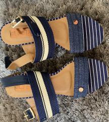 Jeans cevlji s polno peto