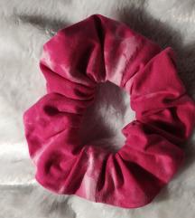Pink tie-dye scrunchie