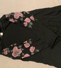 pulover z vrtnicam
