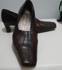 Usnjeni čevlji 37