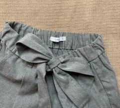 NEW: Pull&Bear hlače