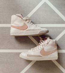 ✨ Nike Blazer mid