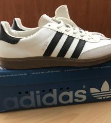 Vintage adidas universal teniske