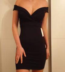 Off the shoulder črna obleka