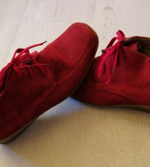 Usnjeni visoki čevlji št. 40