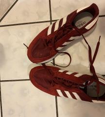 Adidas rdece superge nove