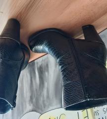 Škornji gležnarji