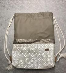 Minibini nahrbtnik