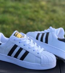 Adidas superstar nove št 37