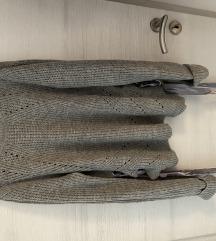 NOVO siv pleten pulover s svilenimi trakci
