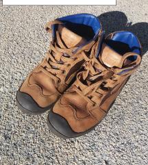 Geox čevlji št.33