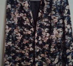 Rožast reklc in jakna