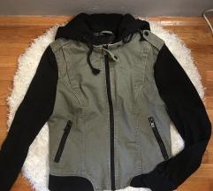 Prehodna jaknica S/