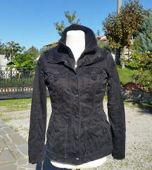 ESPRIT št. 38 / 40 zimska jakna