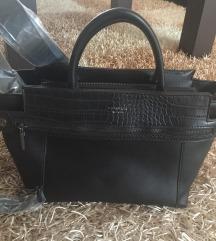 Nova torbica fiorelli črna