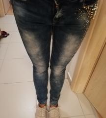 Jeans hlače št. 36