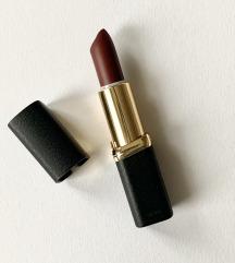 L'Oreal šminka Laetitia's Pure Red