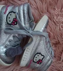 Hello Kitty Mass 25
